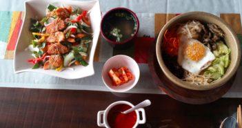 Simple atmospheric setting for enjoying Japanese & Korean cuisine?